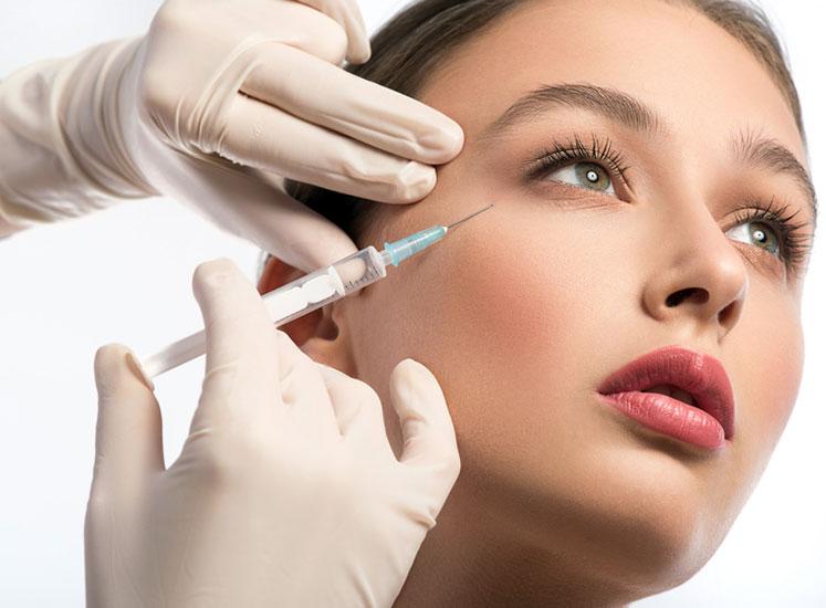 Injection d'acide hyaluronique à La Baule et Nantes - Dr Potet